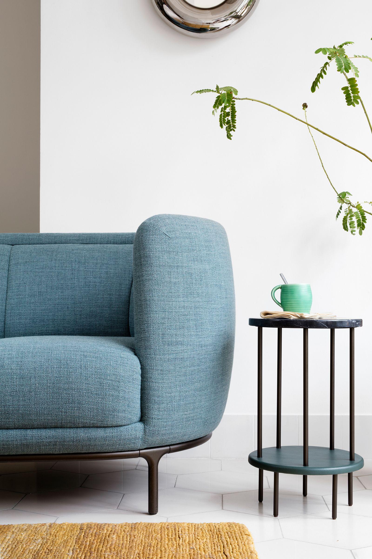 Vuelta Sofa x DD Table | Wohnen, Modernes möbeldesign