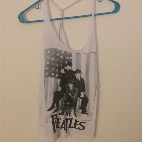 MAKE AN OFFER Beatles loose backless shirt The beatles Tops Tank Tops