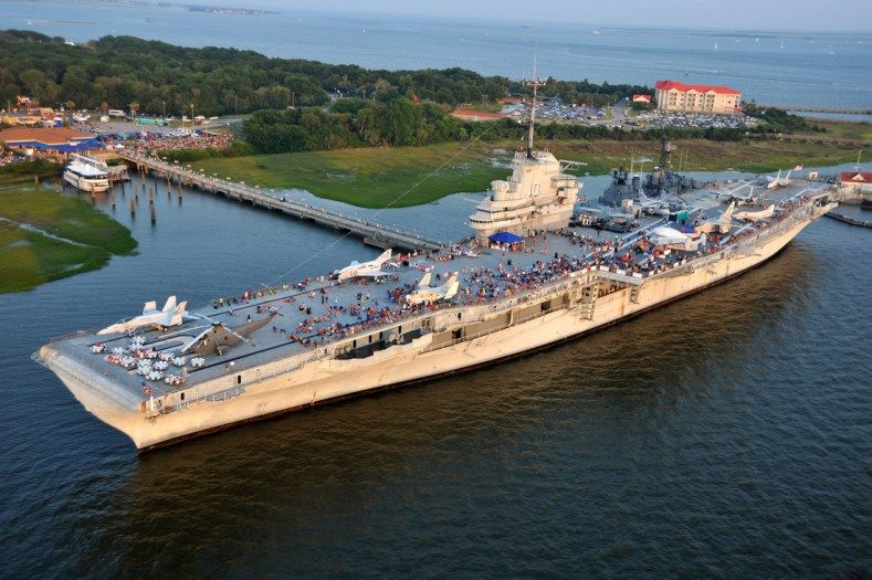 Uss Yorktown Museum Us Navy Photo Us Navy Ships Past And Present