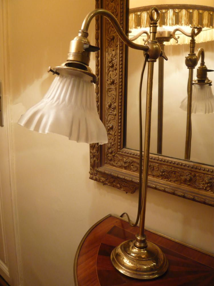lampe de notaire des ann es 1920 antics brocante collection. Black Bedroom Furniture Sets. Home Design Ideas