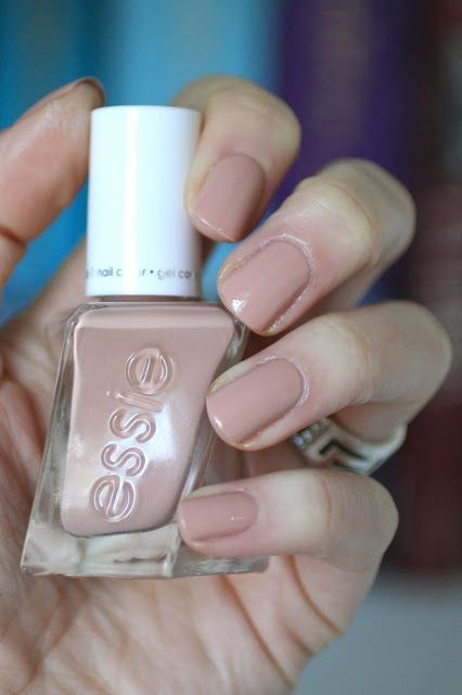 """Essie """"At the barre"""" - almond nude #nail polish / lacquer / vernis from the gel-couture range 