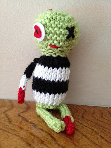 Zombie Knit Omg All Things Yarn Pinterest Knitted Toys