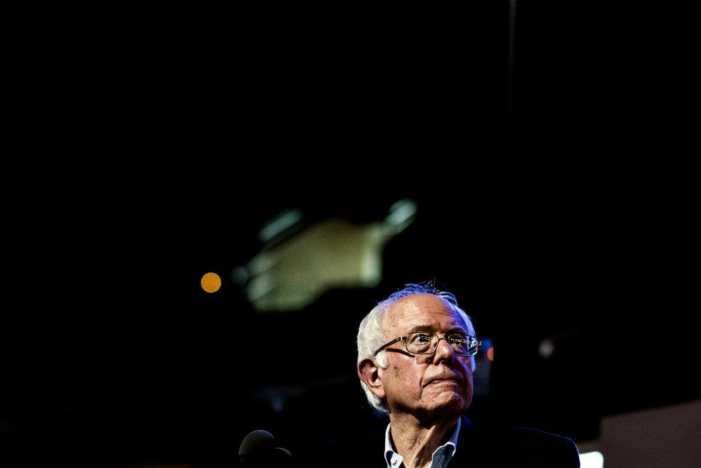 Sanders warns 3rd party voters at http://time.com/4497049/bernie-sanders-third-party-clinton/