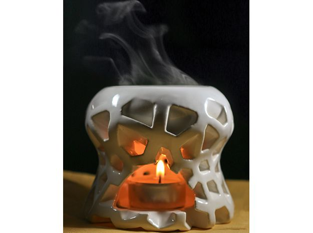 Voro-Scent: Voronoi Tea Candle Evaporator by froland