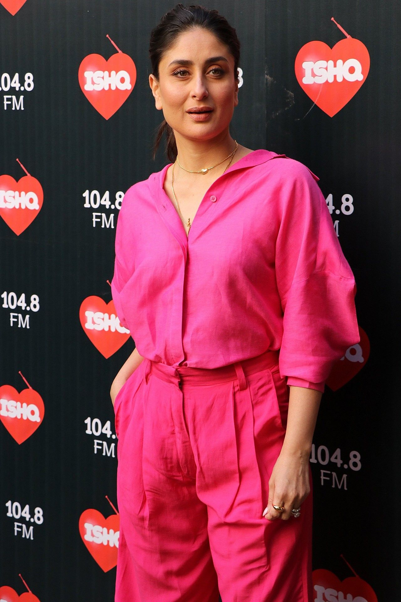 Pin By Guru Sai Charan On Kareena The Bebo Kareena Kapoor Khan Fashion Kareena Kapoor