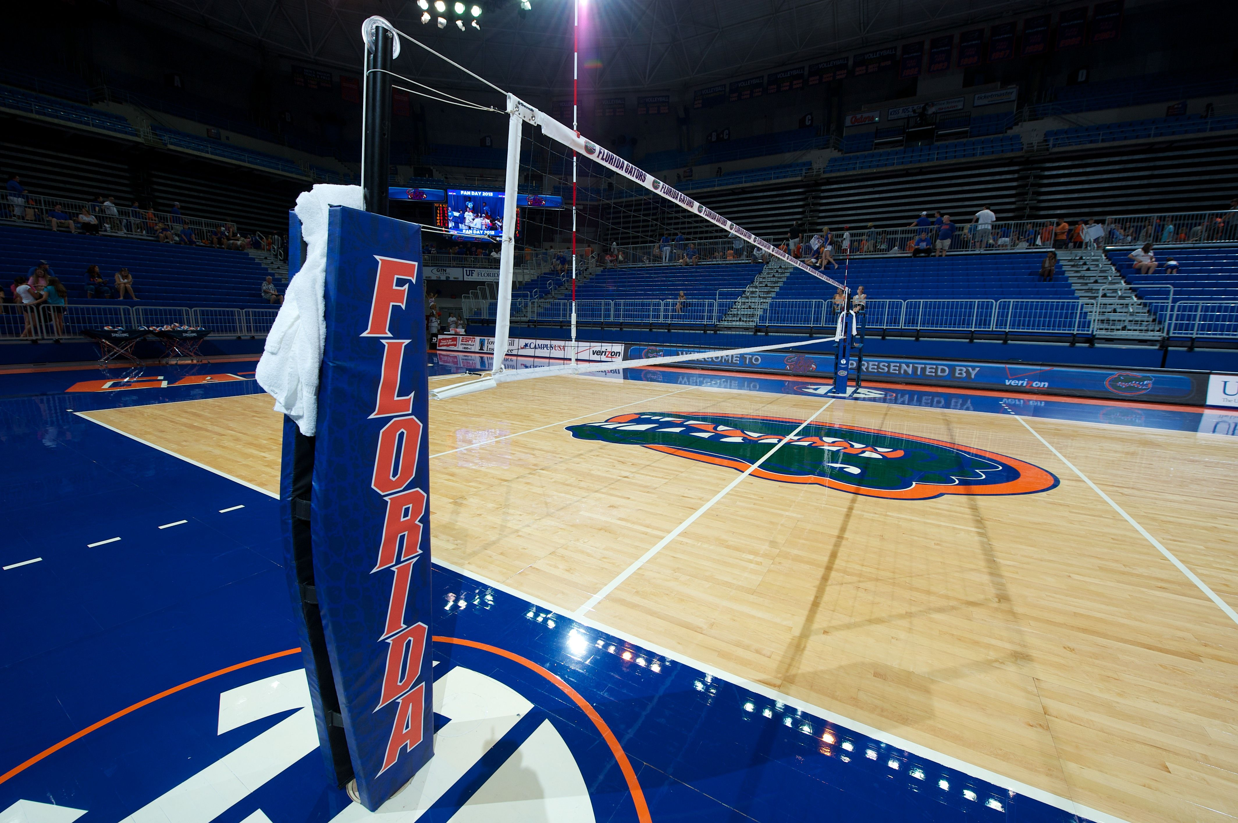 University Of Florida Carbon Volleyball Net System Florida Volleyball Volleyball Net Outdoor Volleyball Net