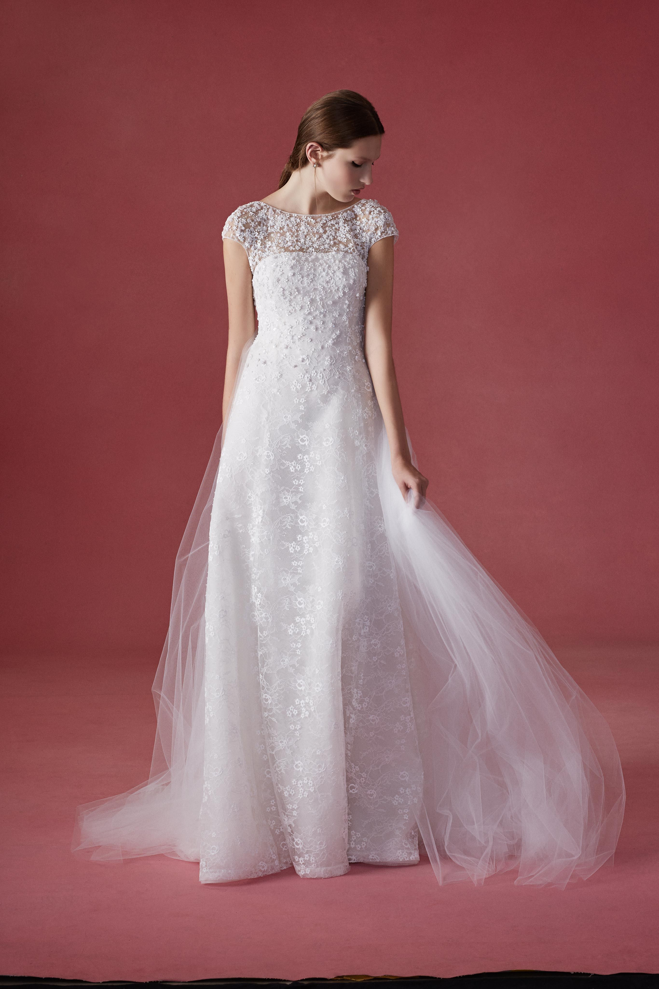 Elite wedding dresses  Oscar de la Renta fall  Bridal Farren  Luelite Bridal Boston