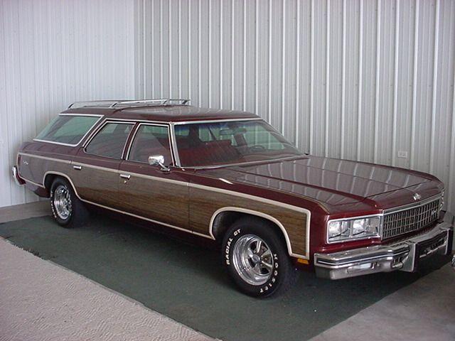"""IMCDb.org: 1976 Chevrolet Impala Wagon in """"Kochaj albo rzuc, 1977"""""""