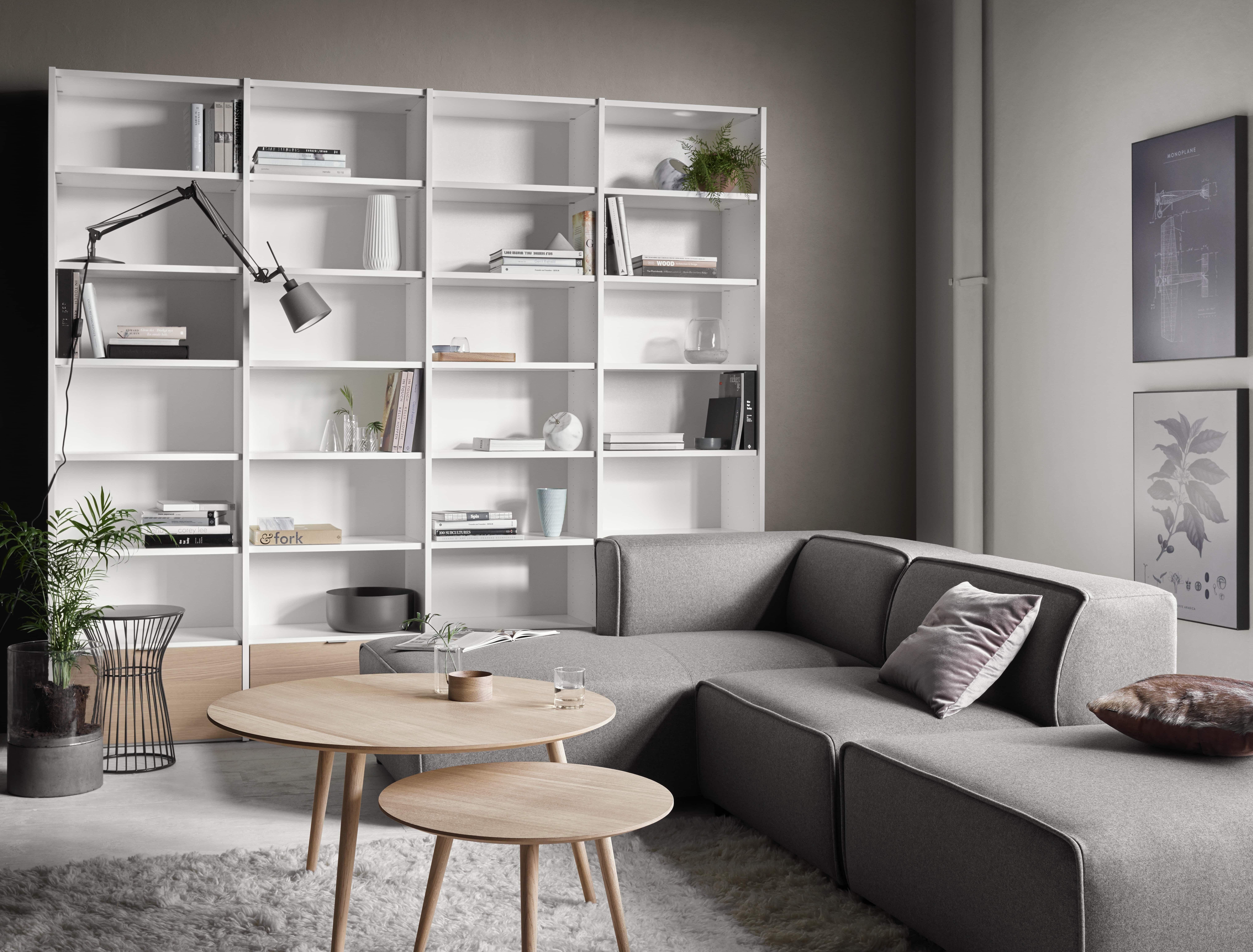 Northern Light Carmo Sofa und Bornholm Tische von BoConcept