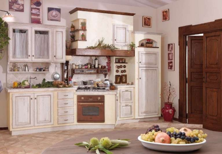 Cucine in finta muratura - Cucina bicolor