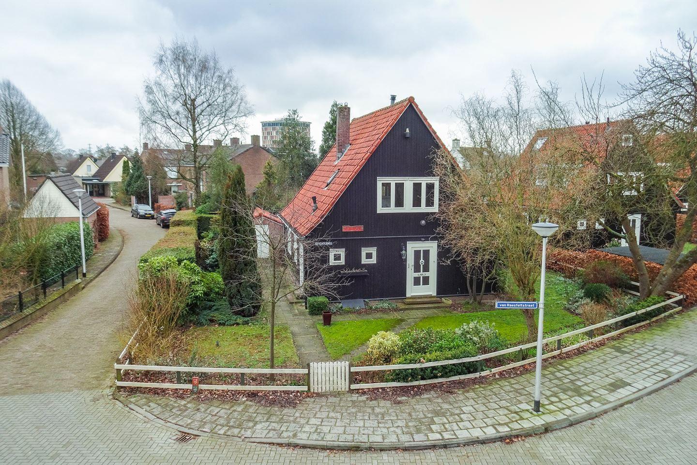 Karakteristieke Sfeervolle Vrijstaande Woning Op Een Mooie Plek In 1947 Zijn Tien Vrijstaande Zgn Oostenrijkse Woningen G Huizen Houten Huizen Houten Huis