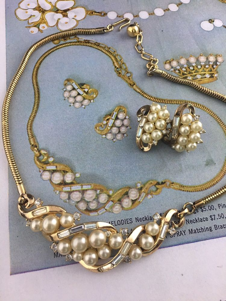 RARE Vtg 50s Signed TRIFARI NECKLACE EARRINGs & AD Rhinestones With Pearls  Gold | Jewelry & Watches, Vintage & Antique Jewelry, Costume | eBay!