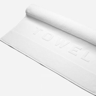 The Towel - Everlane