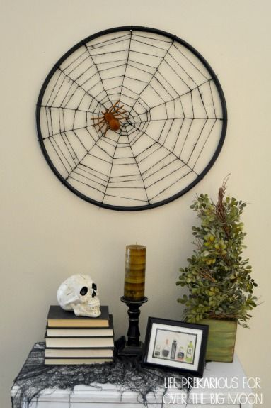 Diy Halloween Spider Decor With Images Diy Halloween Spider