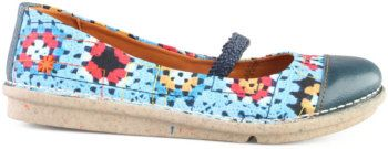 granny square shoes @cal patch  Cal, you need these!