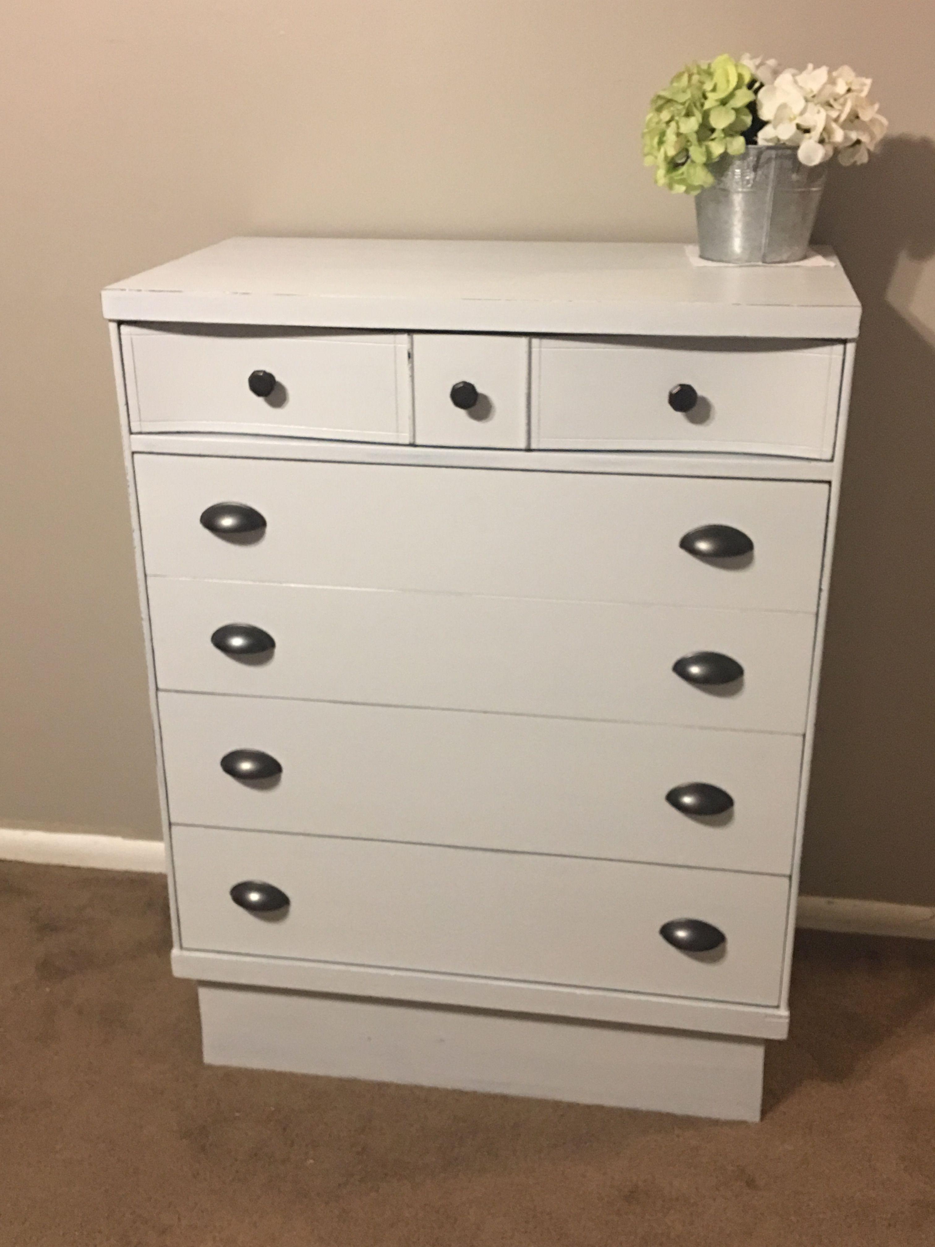 Ultra Light Grey Dresser With Dark Zinc Hardware Redo Furniture Grey Dresser Furniture [ 4032 x 3024 Pixel ]