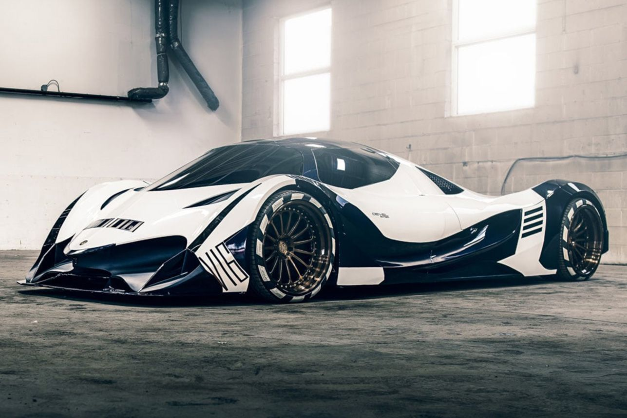 Devel Sixteen Hypercar 5 007 Horsepower Fighter Jet Inspired 4 Wheeled Madness Go To Source Author Sean Tirman H Futuristic Cars Celebrity Cars Super Cars