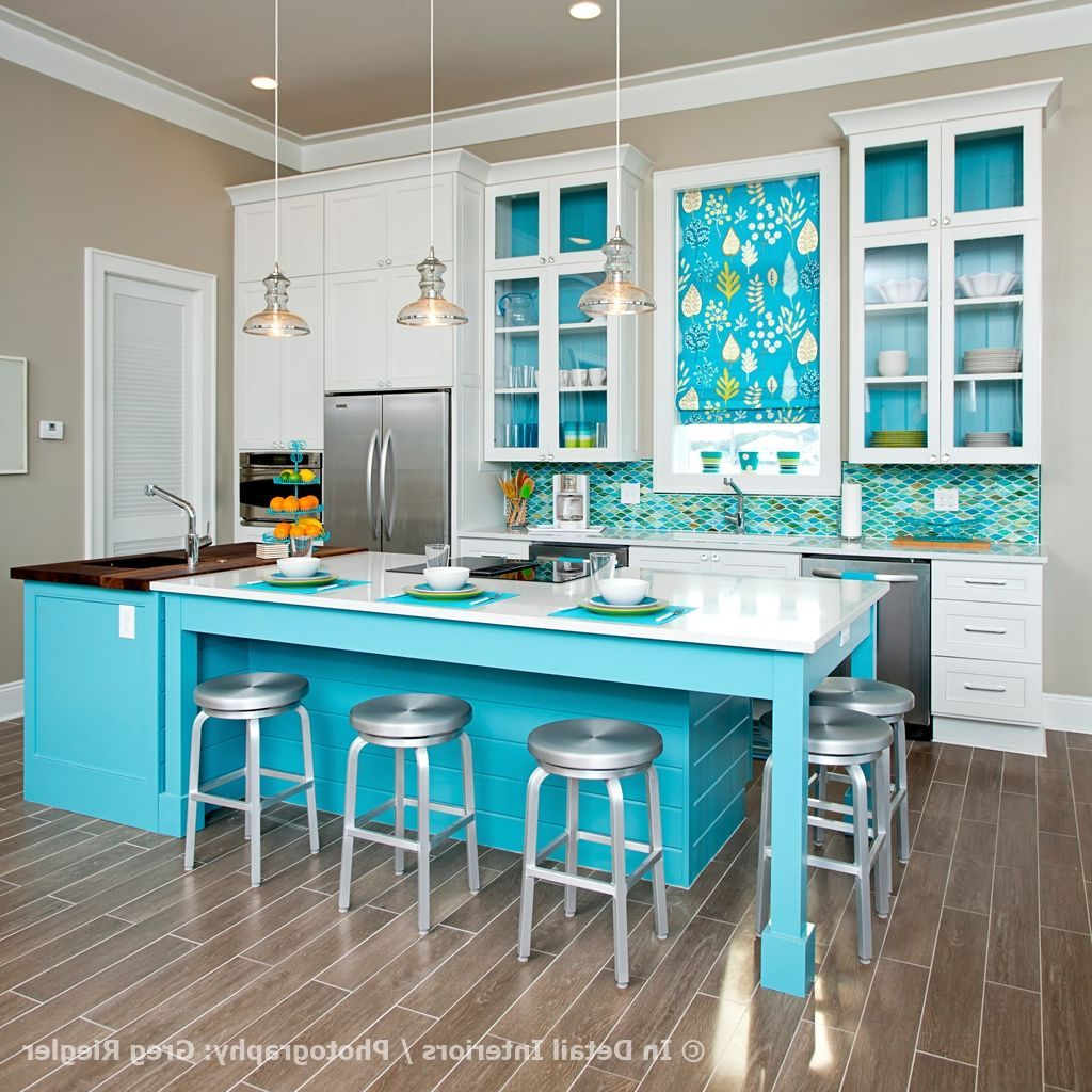 Cool Blue And White Kitchen Giving Awesome Look : Create