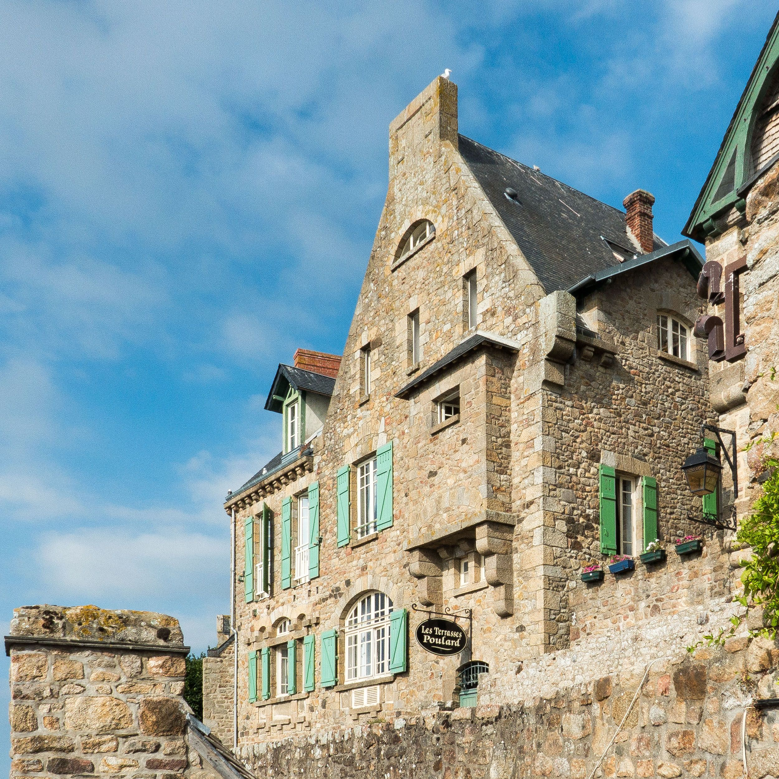 Les Terrasses Poulard au Mont-Saint-Michel #France #Voyage