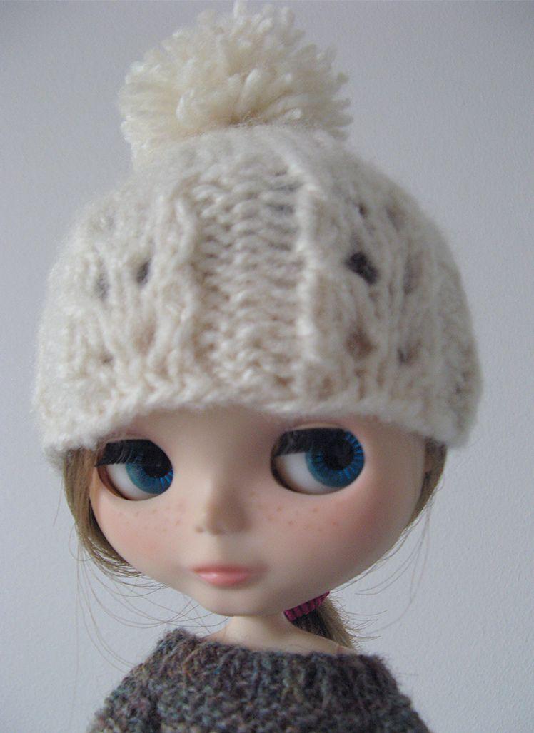 FREE: Blythe Lacy Hat pattern by Veronica Lopez - http://www.ravelry ...