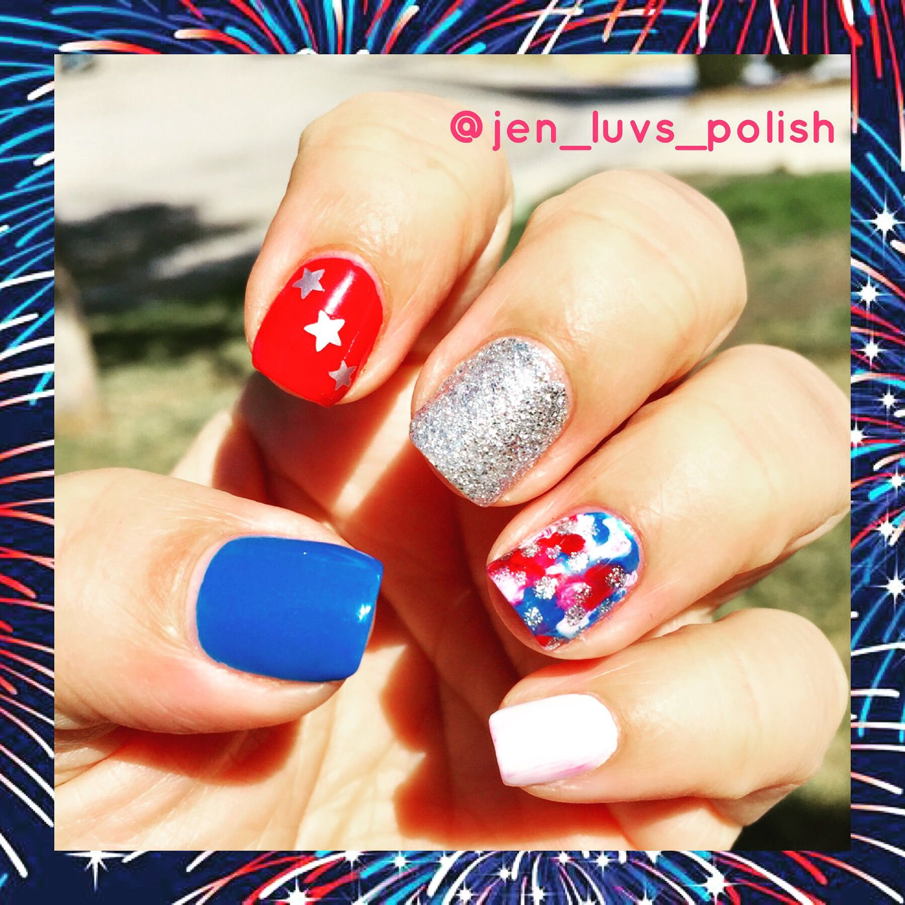 Simple Short 4th of July Nails | July nails, 4th of july ...