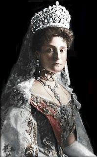 Tsarina Alexandra Feodorovna Romanova. Princess Alexandra Alix (Viktoria Helena Louise Beatrice) (renamed Alexandra Fyodorovna in Russia when married Tsar Nicholas II) (1872-1918) of Hesse & by Rhine. She was the 6th child of 7 of Grand Duke Louis IV of Hesse & by Rhine & Princess Alice of the UK, the 3rd child of Queen Victoria & Prince Albert.
