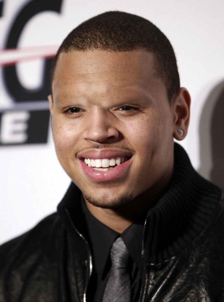 12 Celebrities Without Eyebrows Hilarious Whoa Flow People