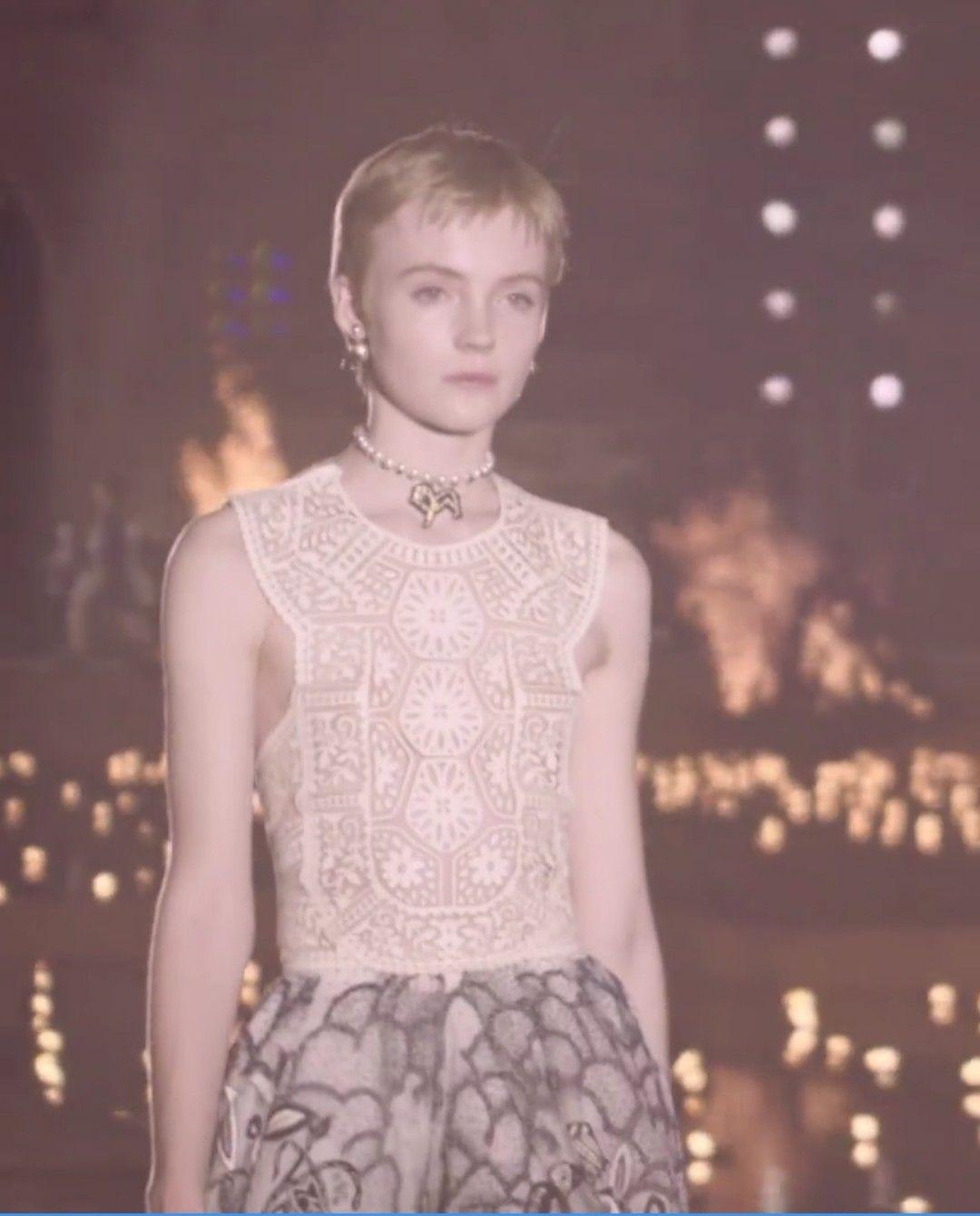 🦄💜🍭 | Fashion, Dior bag, Brand name bags