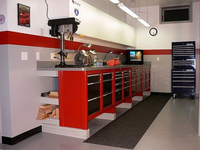 Workbench Made From Sears Craftsmen Cabinets Raised On Triple 2x4 S Owner Says He Bought