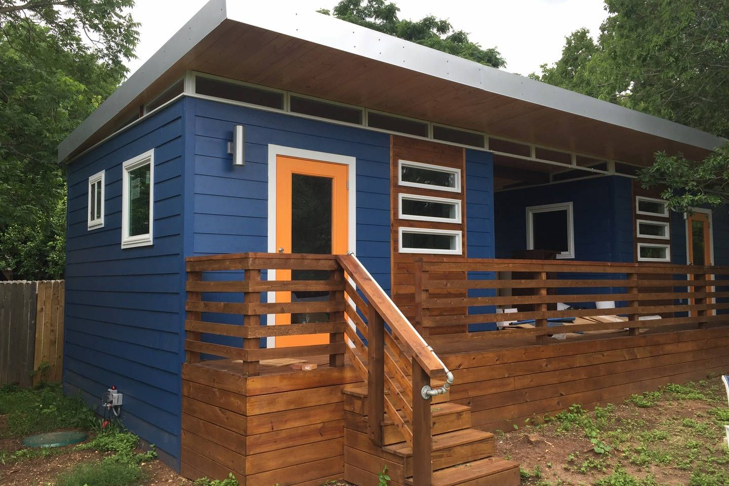 Airbnb Atx Tiny House South Front Of The House Historic