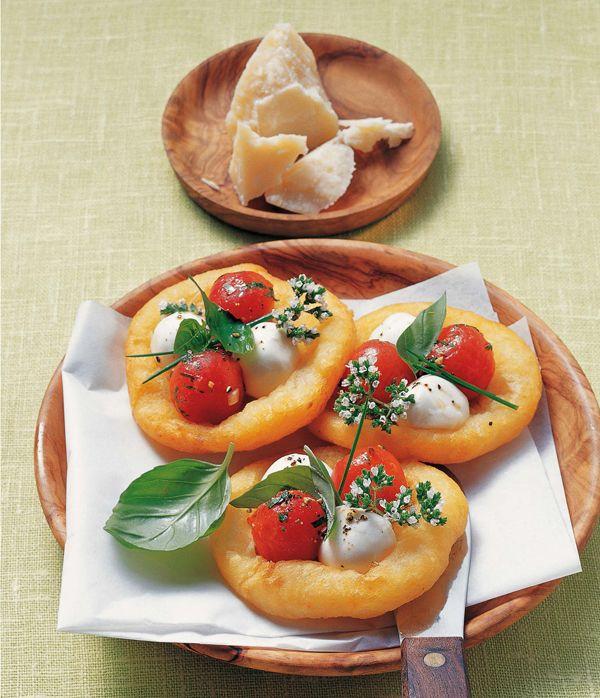 Minipizzen aus Kartoffelteig-amicella