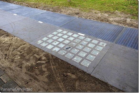 Holanda inauguró el primer carril para bicicletas que produce energía solar - http://panamadeverdad.com/2014/11/12/holanda-inauguro-el-primer-carril-para-bicicletas-que-produce-energia-solar/