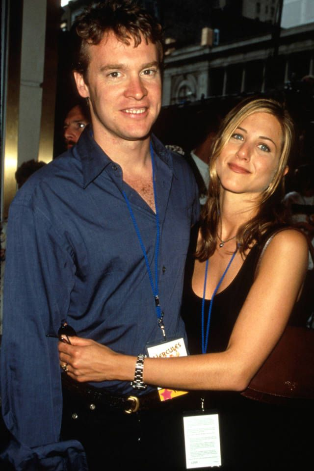 Take a walk down memory lane with these nostalgic 90's couples. Click for more.