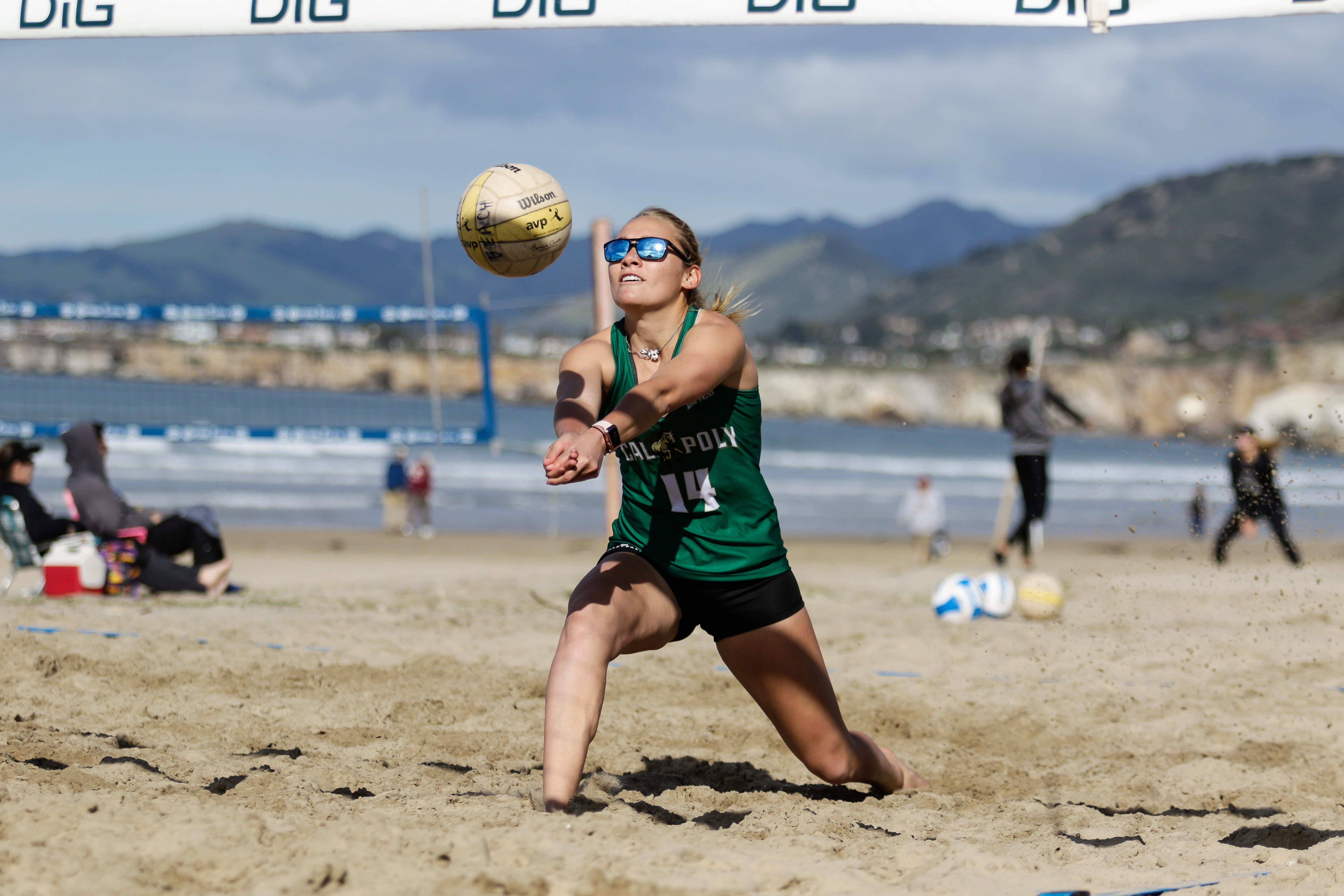 Beach Volleyball Player In 2020 Sports Photograph Beach Volleyball Volleyball Players