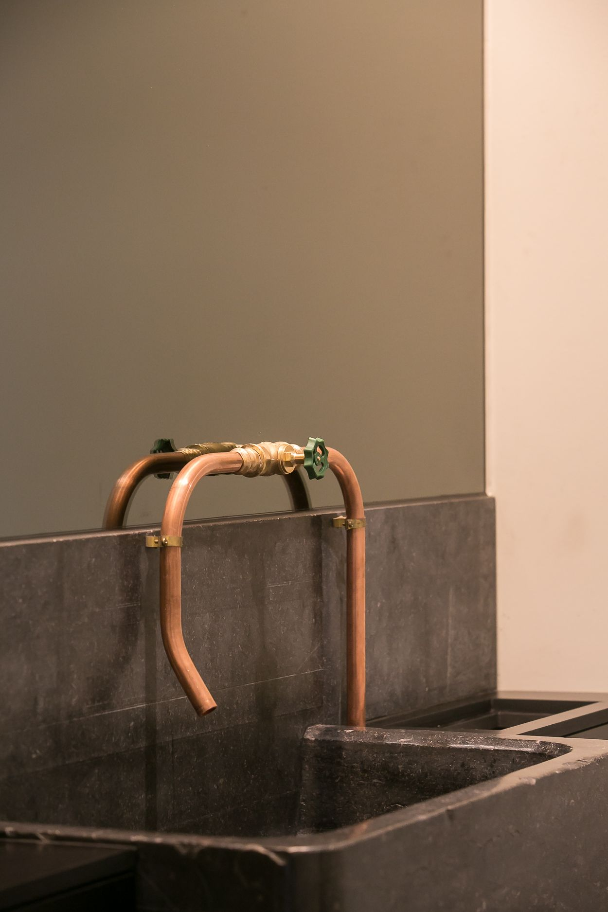 Meuble Salle De Bain Imandra Brico Depot ~ Sink And Faucet For Restaurant Va Et Vient By Chef Matthias