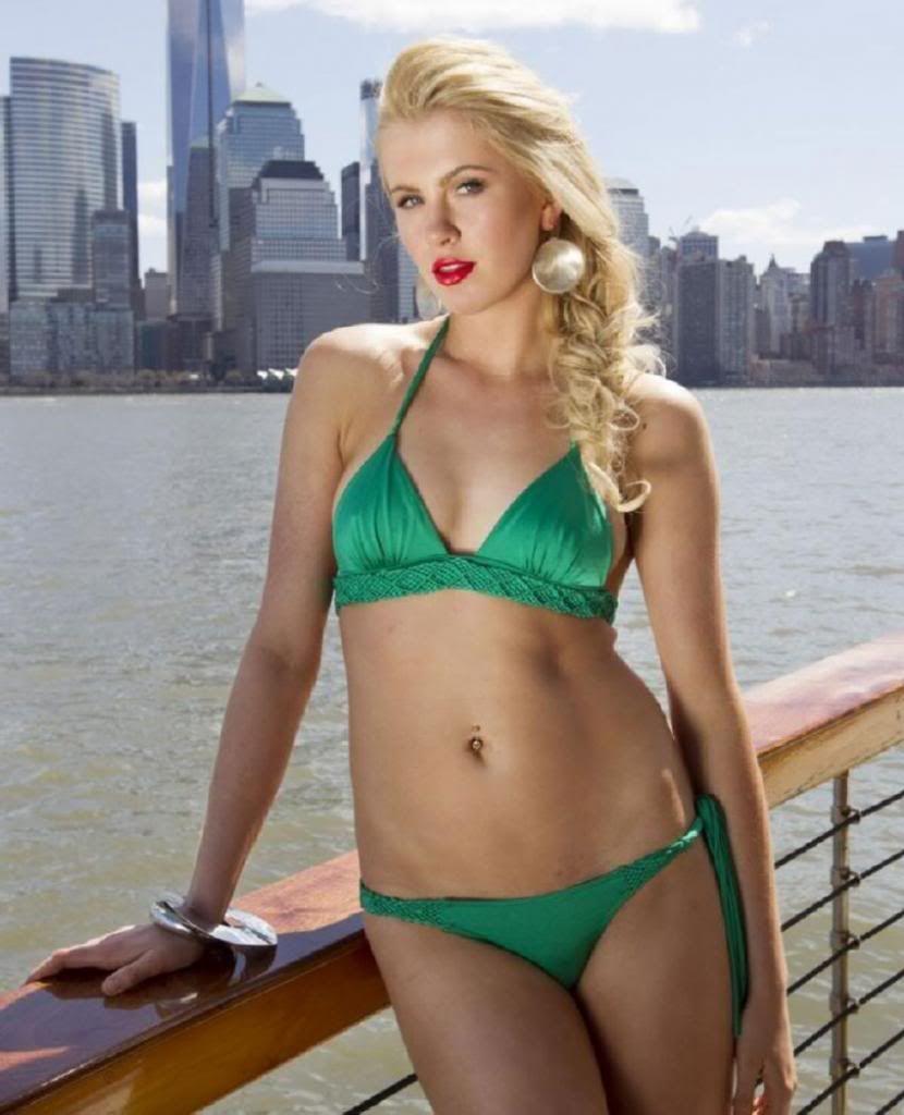 Bikini Naomi Holt nudes (28 photo), Ass, Paparazzi, Twitter, butt 2020