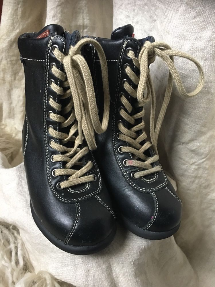 d85998419e865 Camper Kids Girls 25 8.5 Black Leather Above Ankle Lace Up Boots Biker  Chic!!!!