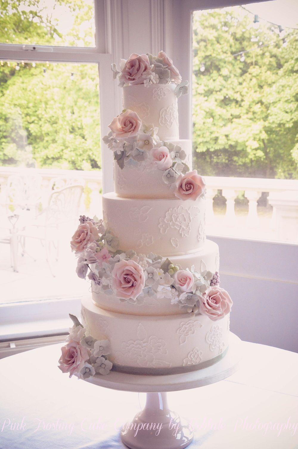 Luxury Award Winning Wedding Cakes in Lancashire and the