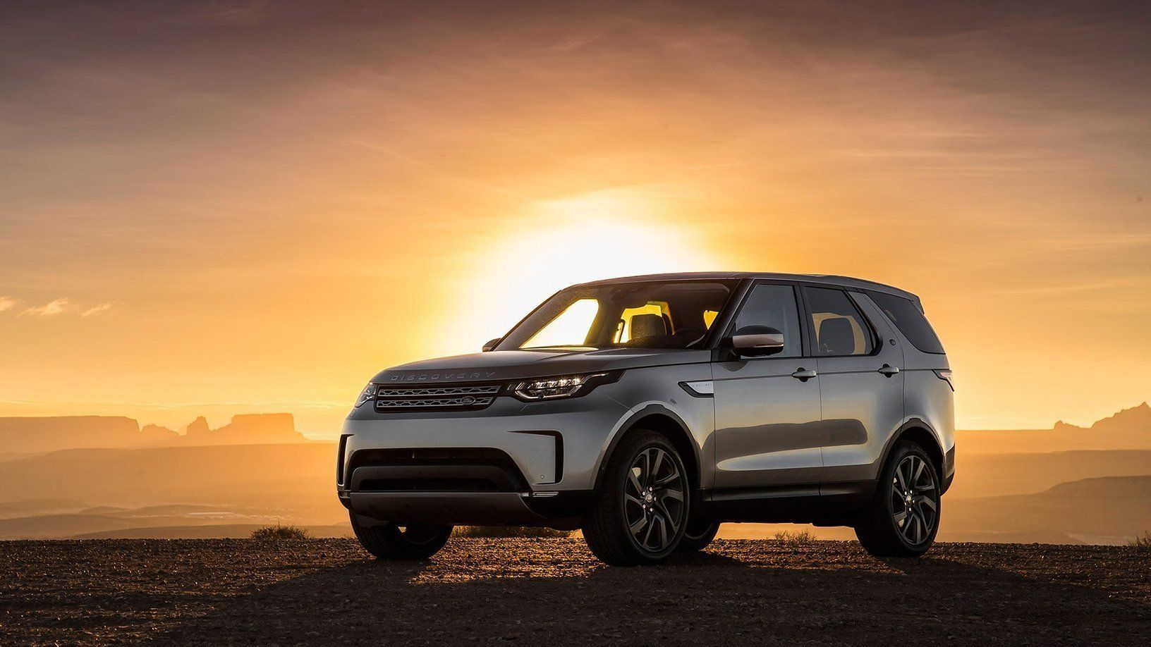 2017 LandRover Discovery HSE Luxury Review An SUV