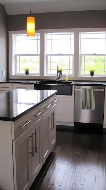 Best Dark Wood Floors White Shaker Cabinets W Bar Pulls Dark 400 x 300