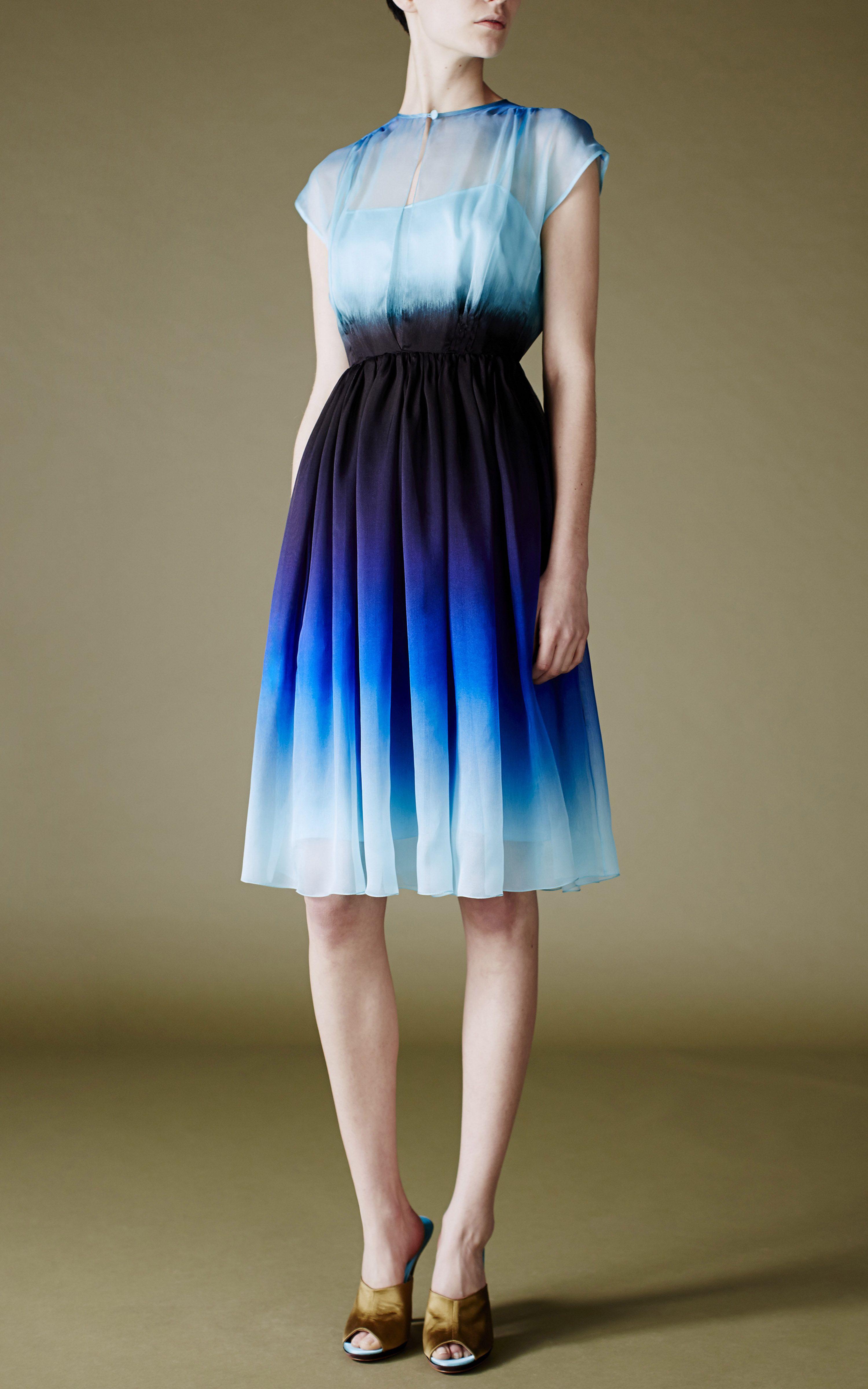 Resultado de imagem para Ombré Dip Dye vestido