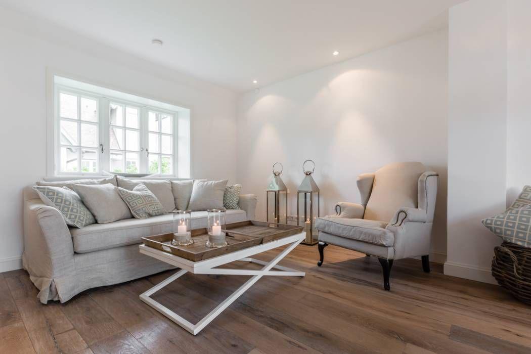 Landhausstil Wohnzimmer Bilder: Home Staging Reetdachhaus auf Sylt ...