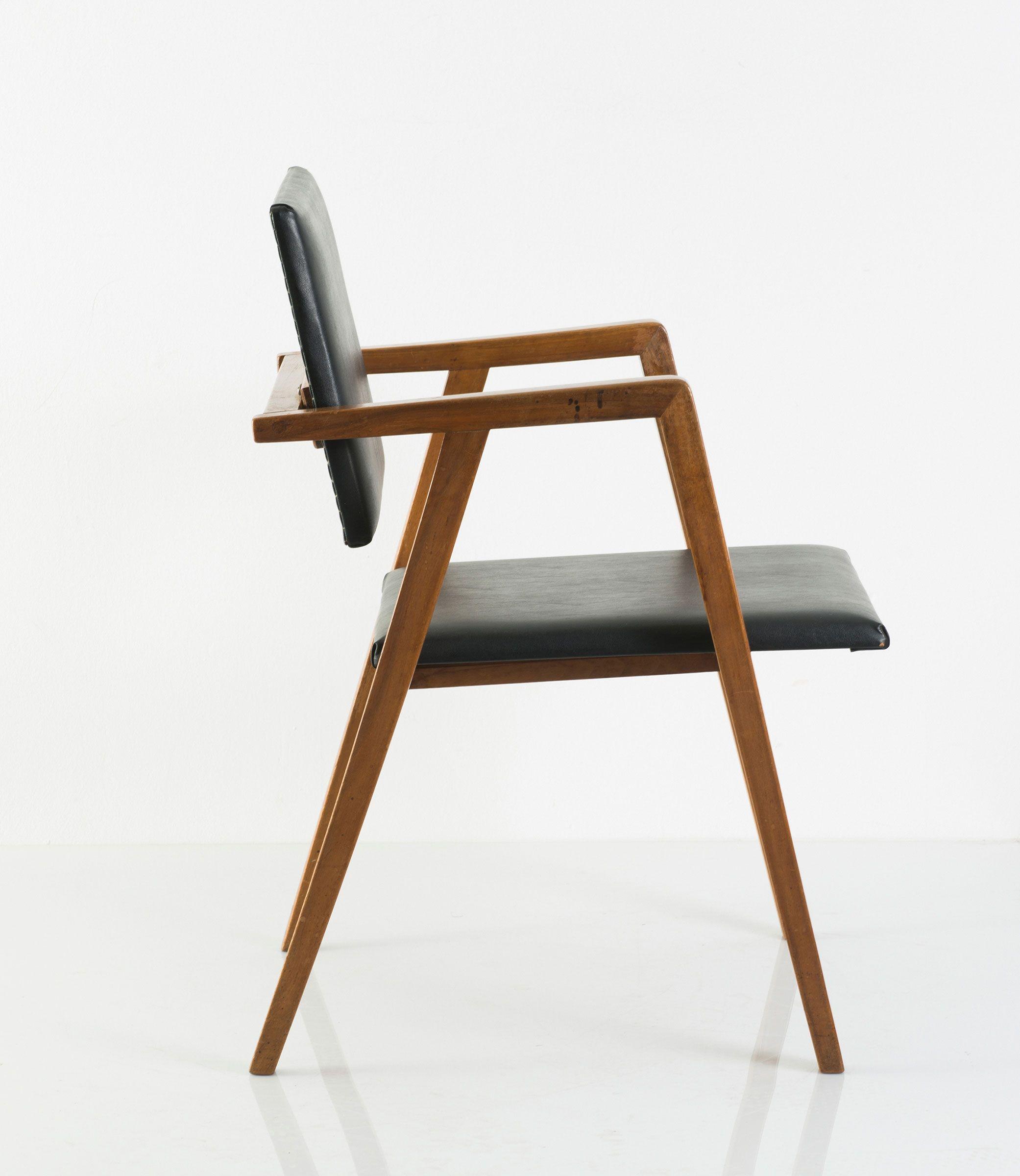 Description Franco Albini Prototype Villa Berio Chair C1948 H 78 X 51 X 58 Cm Made By Poggi Milan Nutwood Cadeiras Design Mesas E Cadeiras Cadeiras