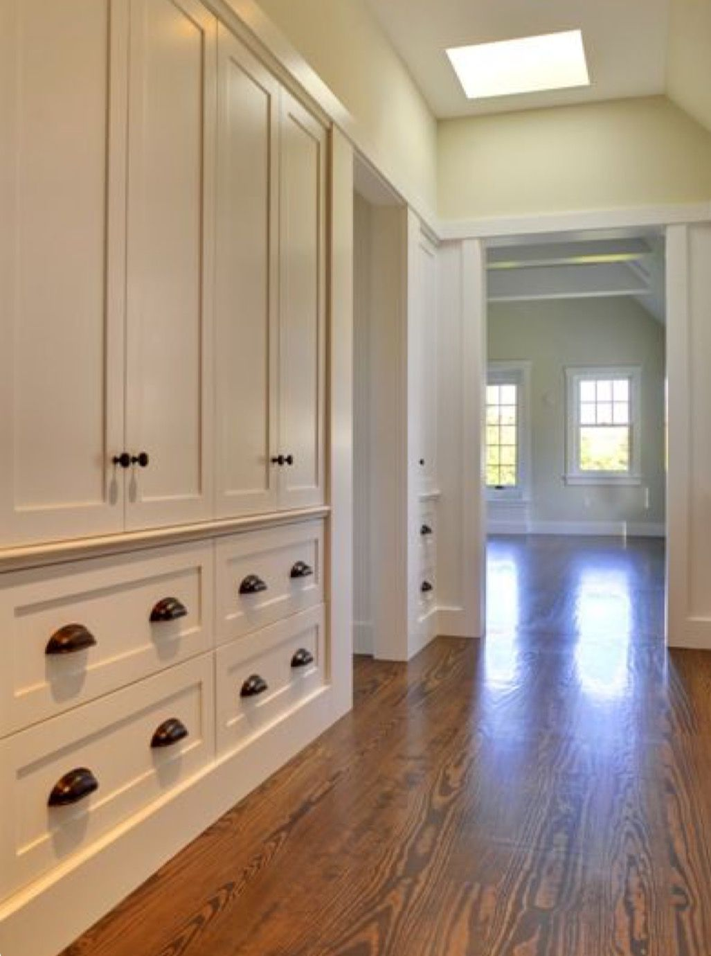 Best Built Ins With Images Build A Closet Home Hallway 400 x 300