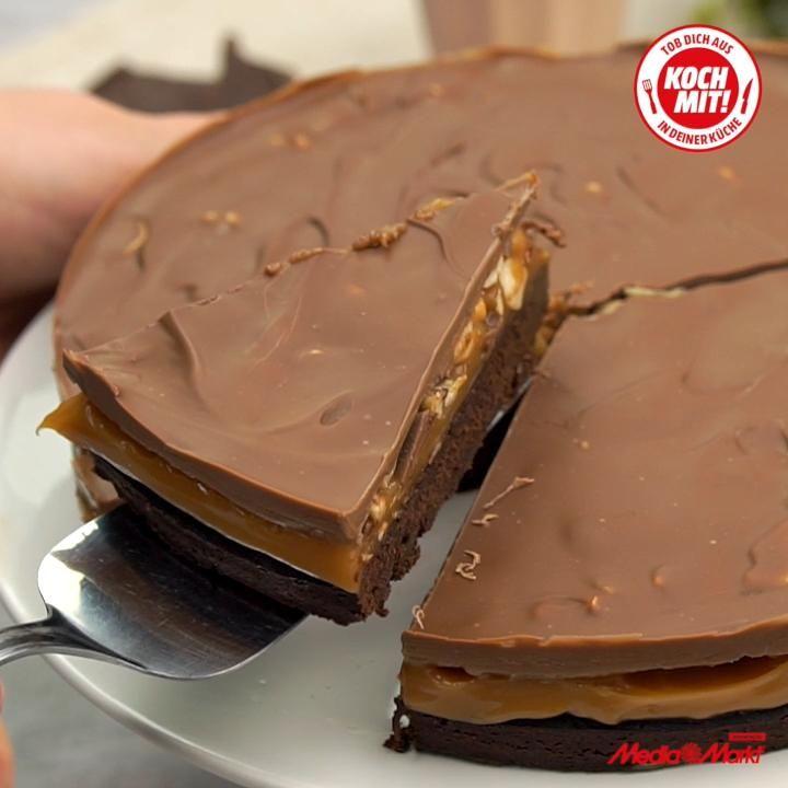 Photo of Schoko-Karamell-Kuchen mit gesalzenen Cashew Nüssen 🍫