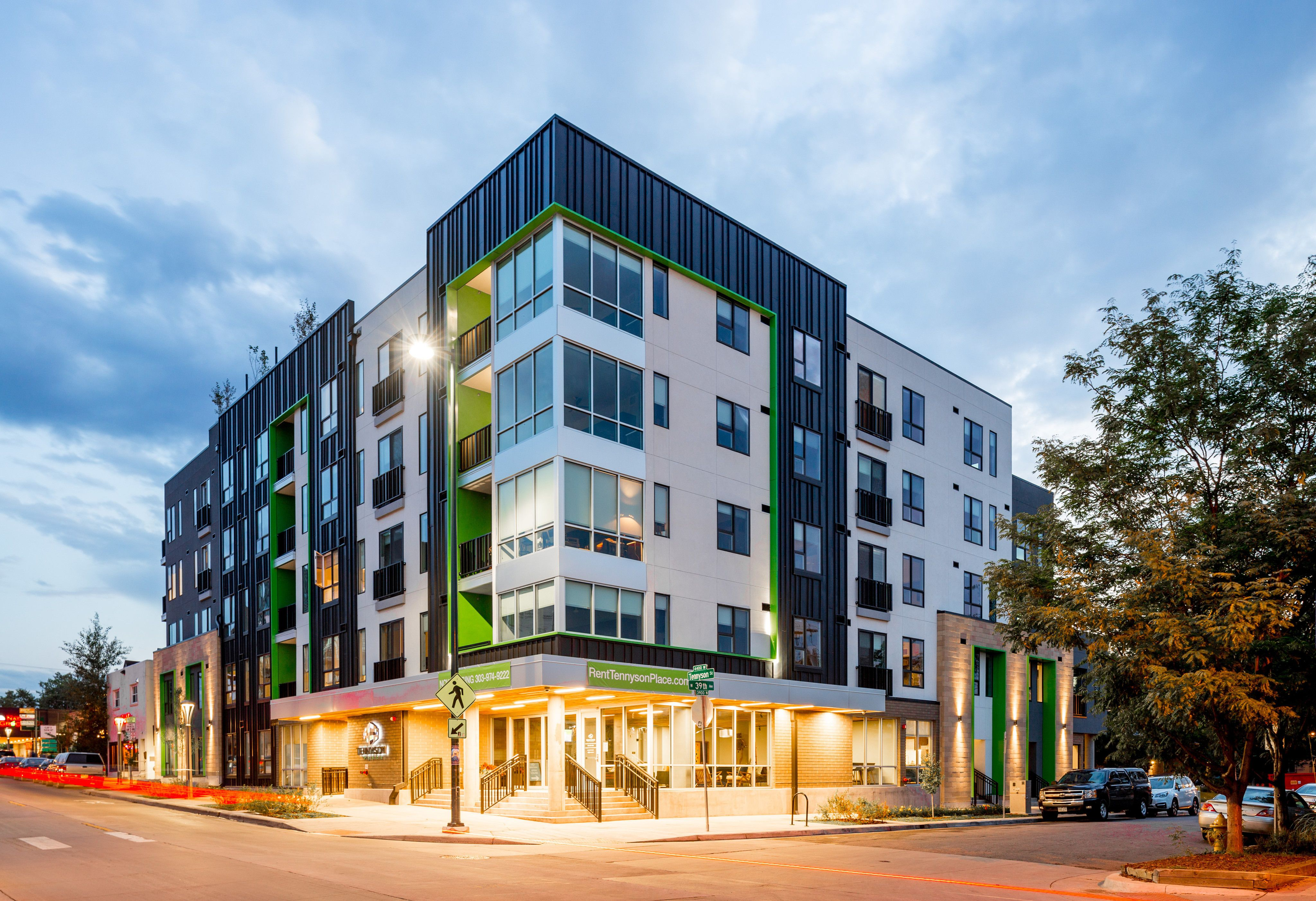 Image Result For Colorado Walk Ups Apartments Above Garage Apartment Townhomes For Rent Apartments For Rent