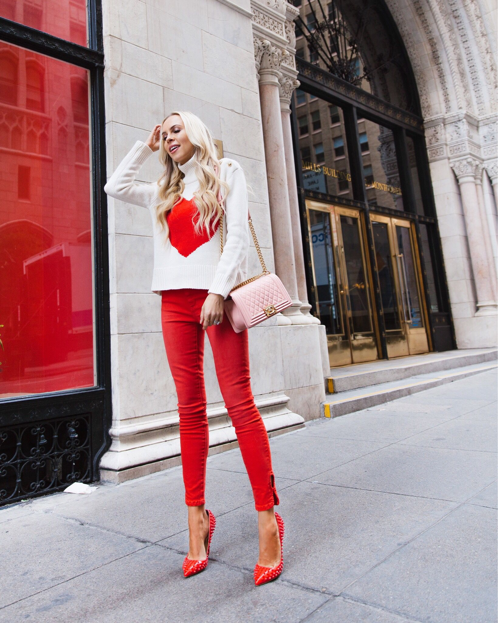Red heart Valentine s Day style on San Francisco blogger Lombard   Fifth 54f9e83eb