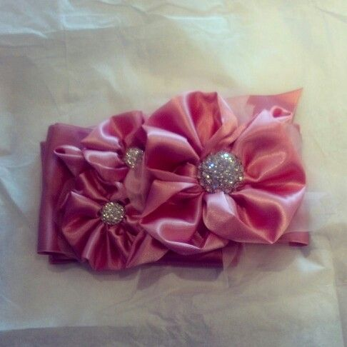 This gorgeous sash was handmade for our bride by Kata Banko Couture!