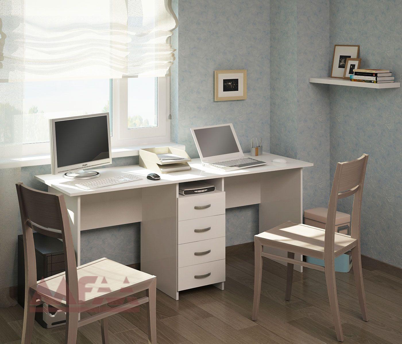 письменный стол для школьника у окна фото