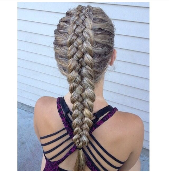 Love This Fish Tale Plait Good For A Soiree Hair Styles Cool Braid Hairstyles Long Hair Styles